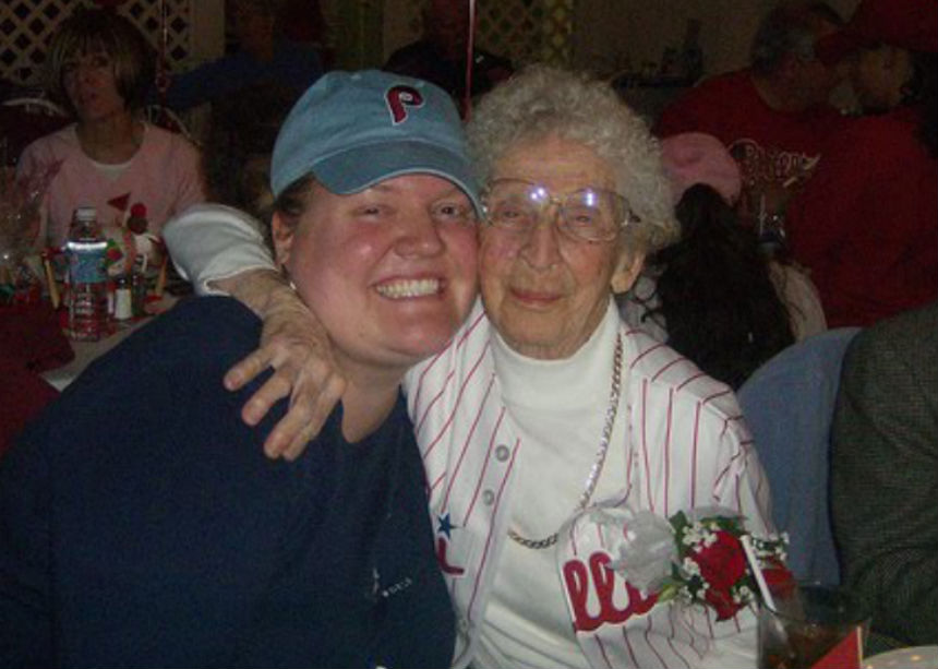 Grandmom Phillies fan Modern Loss
