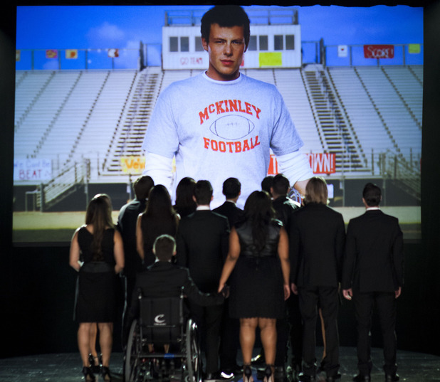ustv-glee-the-quarterback